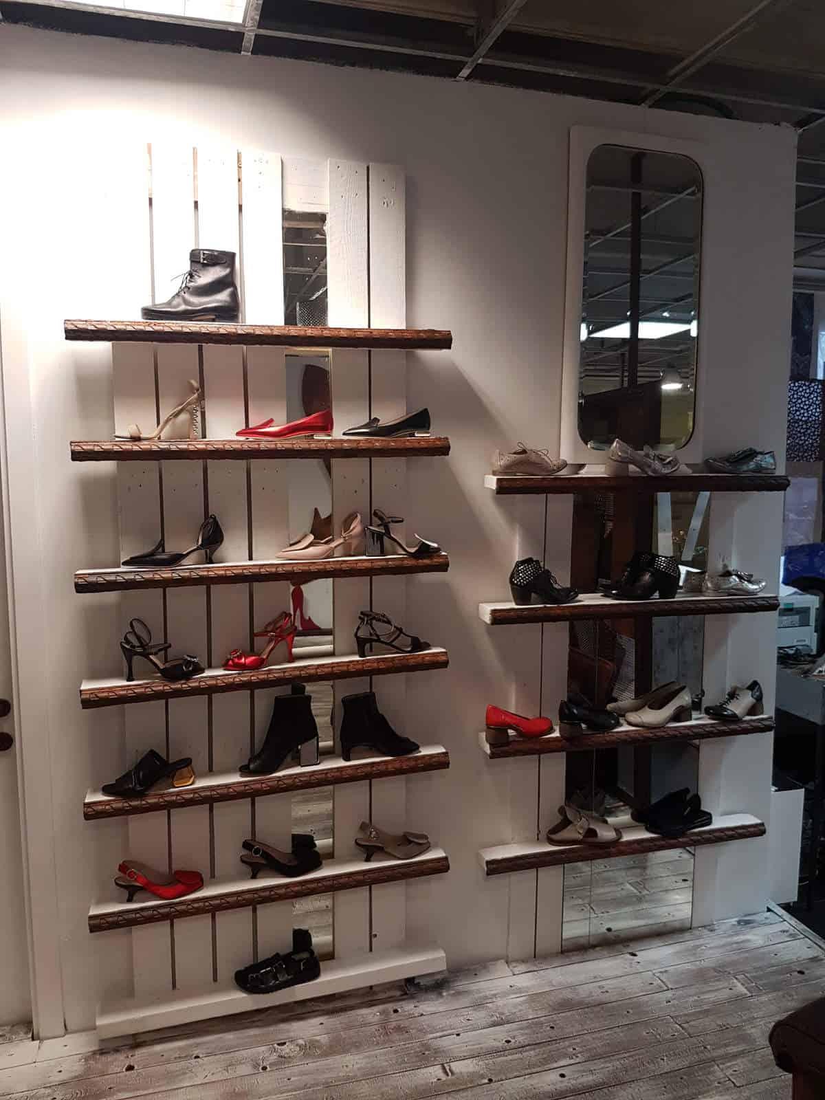 1725a-negozio-bologna-foto2