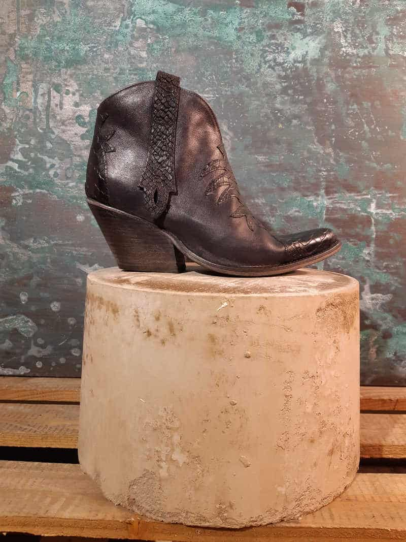 texano-nero-1725a-made-in-italy